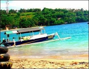 Pantai Senggigi - 7 Tempat Wisata untuk Liburan di Lombok