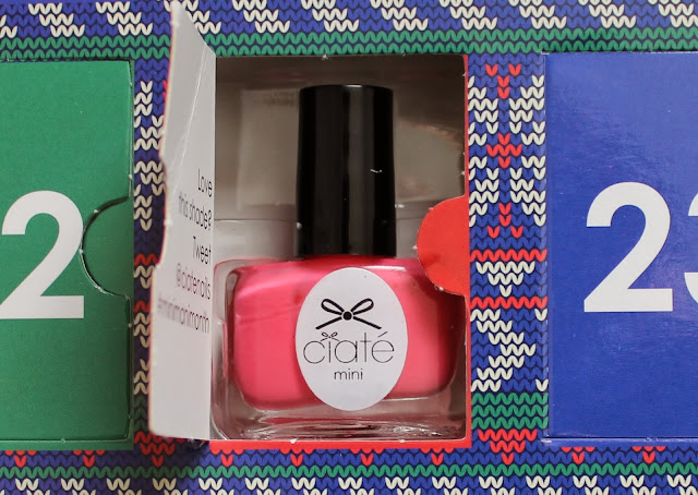 ciate mini mani month day 8 kiss chase