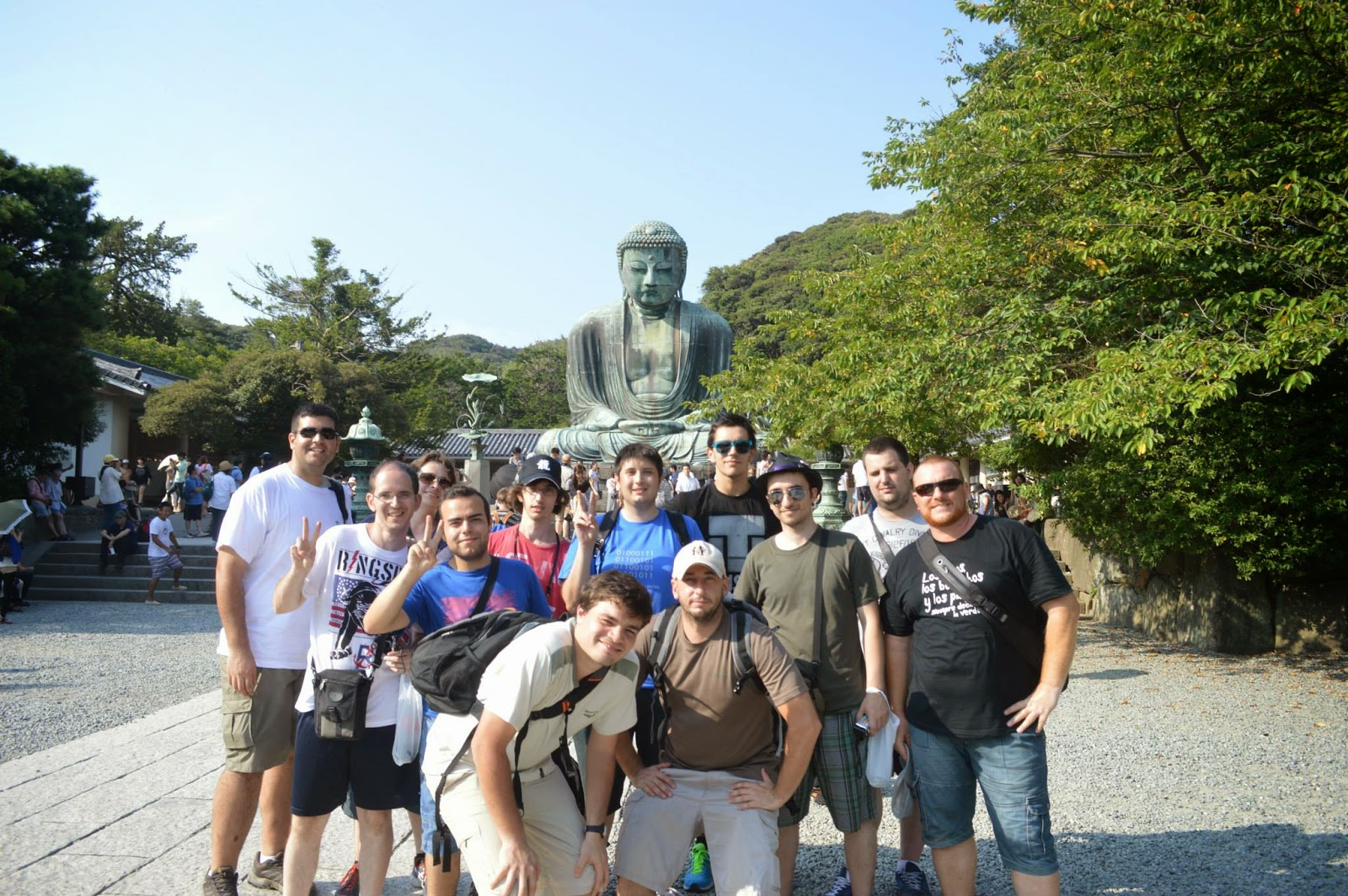 El Gran Buda (Daibutsu). Foto del grupo