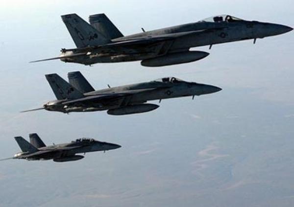 التحالف العربي يدمر مخزن أسلحة شرق صنعاء