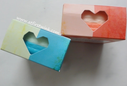 Cut-out on packaging of the It's skin macaron perfume