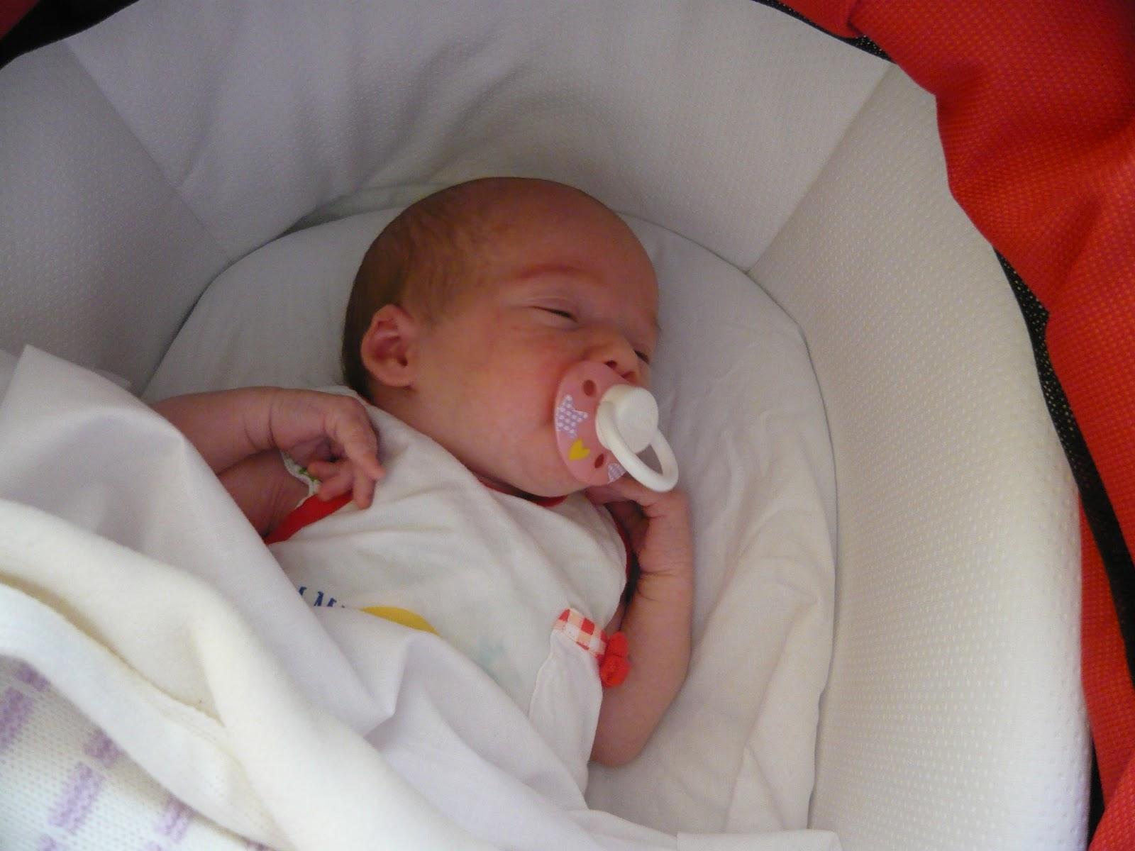 Recuerdos de la abuela e hijo para mi biznieta for Cuartos de bebes ninas recien nacidas