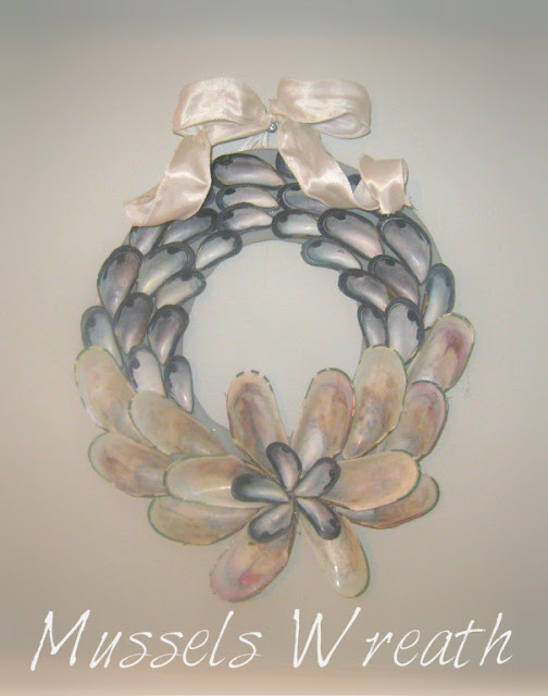 mussels shell wreath