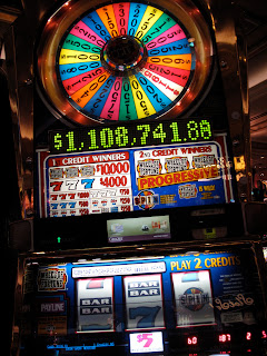 Online gambling casino war