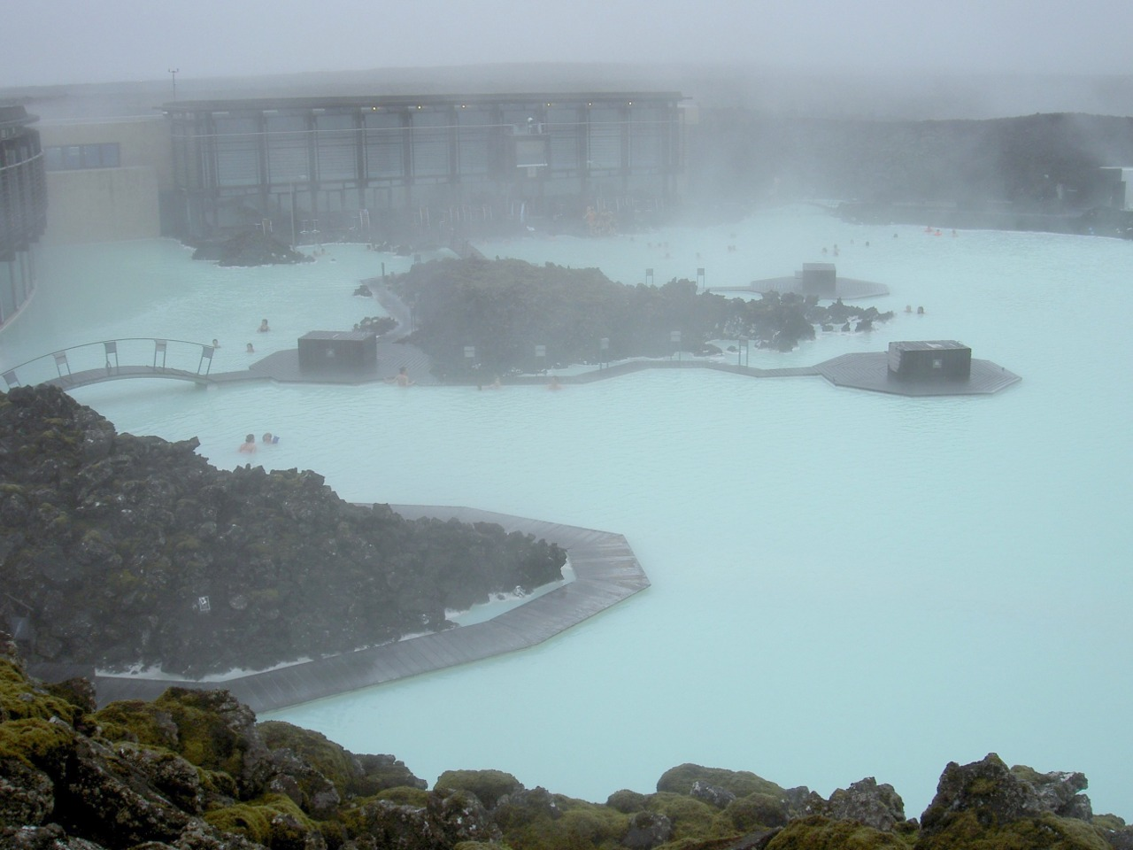 Blue lagoon iceland tourist destinations for Where is the blue lagoon located in iceland