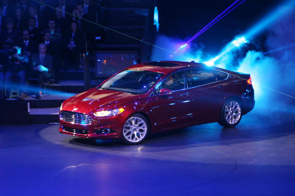 2013 Ford Fusion Awarded Best Redesigned Vehicle