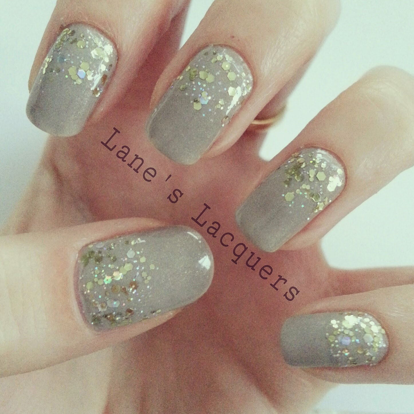 ciate-sharp-tailoring-gold-glitter-gradient-nail-art