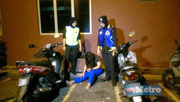 pix gal1+(18) Wanita warga asing terjatuh tingkat dua