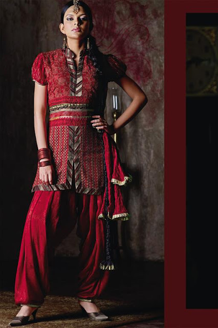 Women Stylish Shalwaar kameez Wear