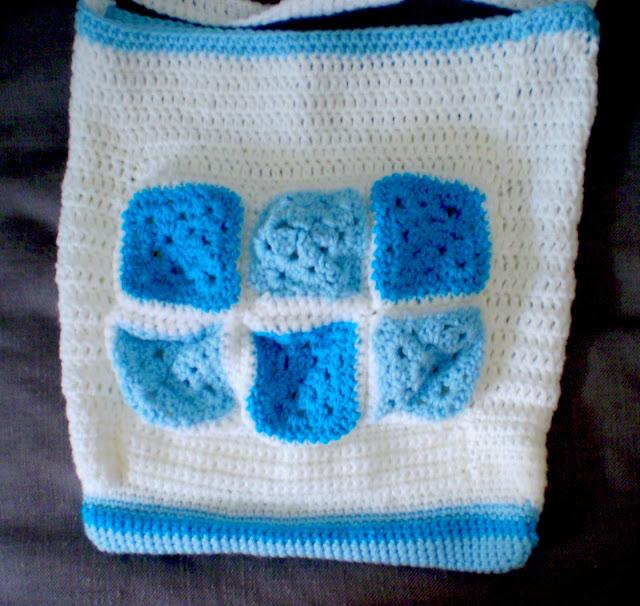 granny squares crochet bag closeup easy handmade