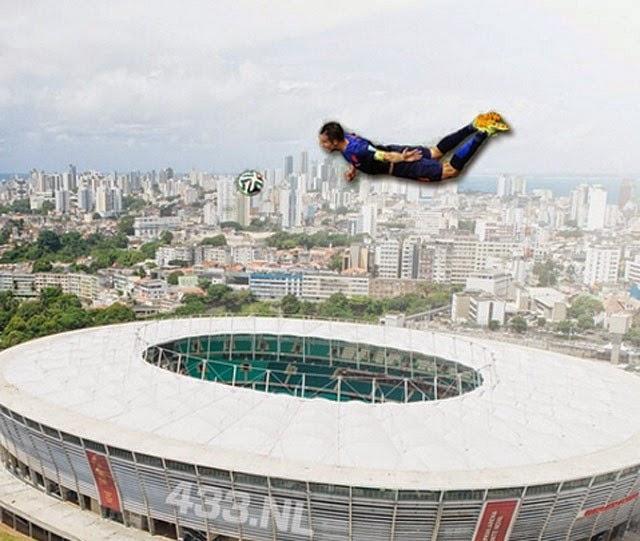 ... Robin van Persie 'the flying dutchman' vs Spanyol (14 Juni 2014