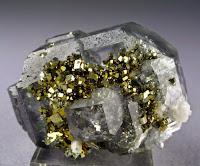 Kombinasi Fluorite/quartz/pyrite