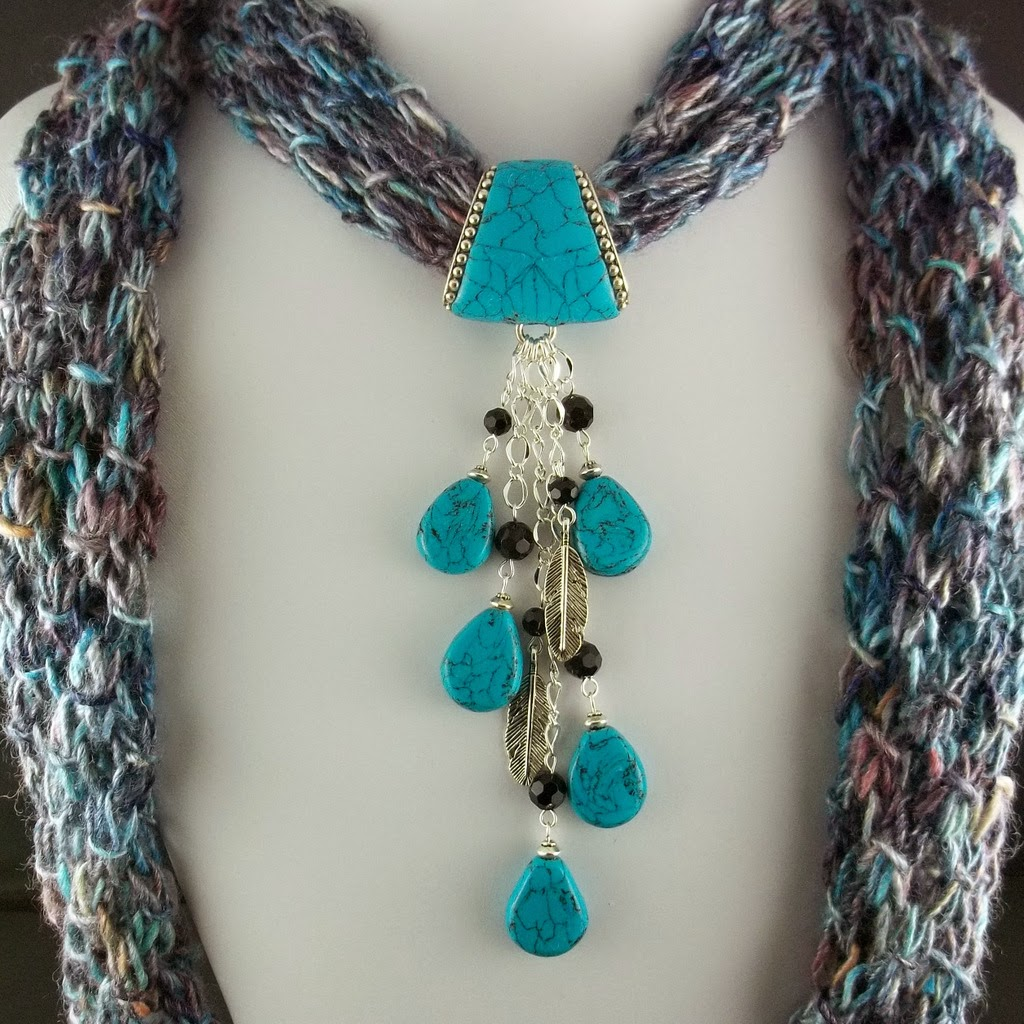 2 Good Claymates: Knit Your Own Scarf Necklace