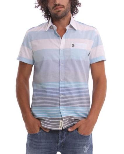 Estampado de franjas en camisa Desigual