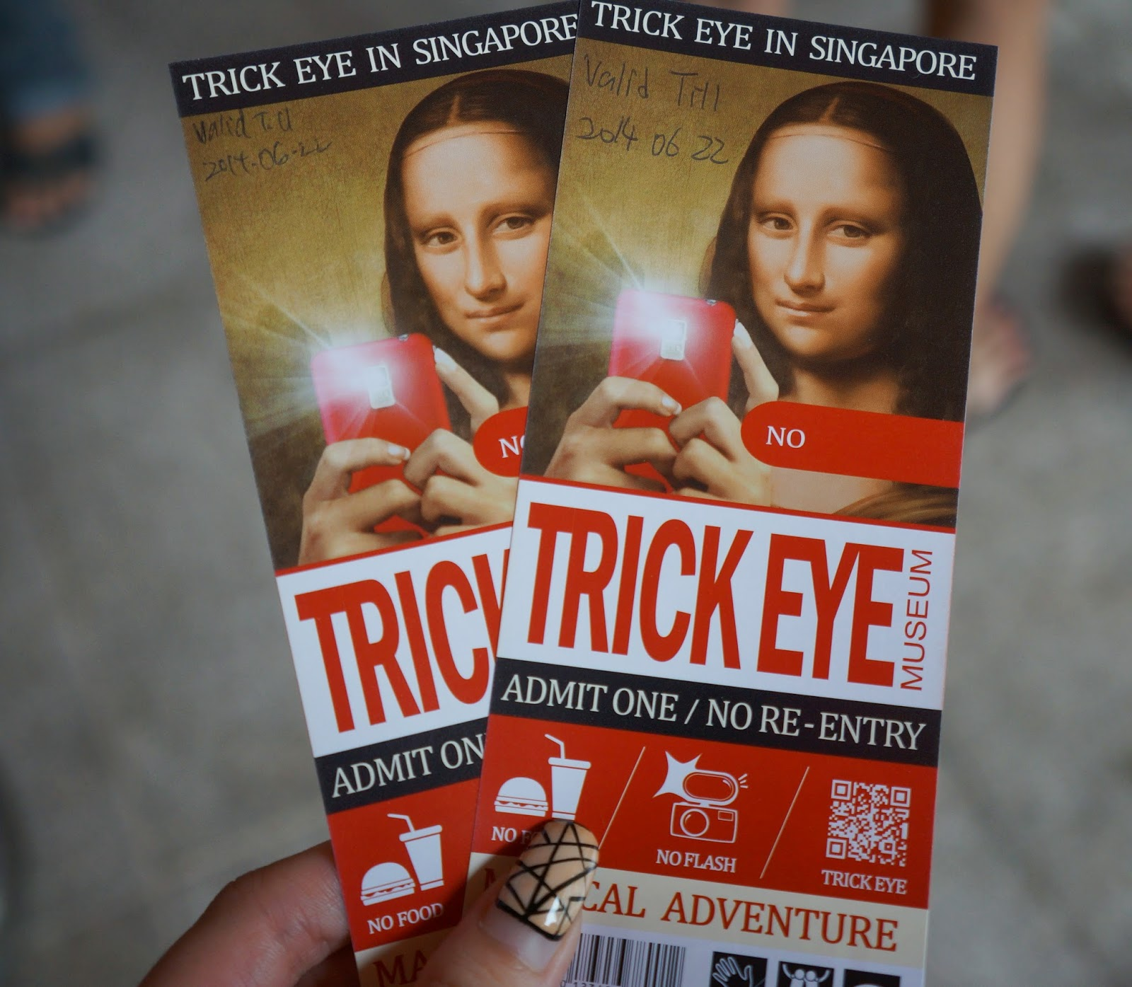 Joannelummz Babys 26th Trick Eye Museum Tiket Trickeye Singapore And Theres 50 Off Per Tickets So Its Like Paying 1 For 2pax