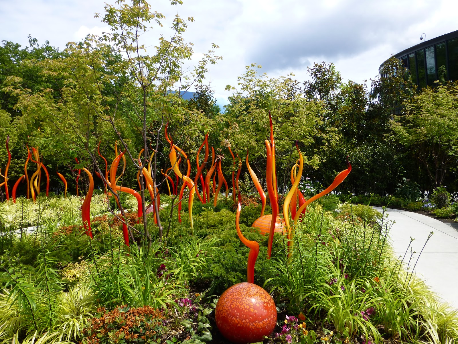 Gardens Insects Chihuly Gardens And Glass