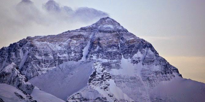 Gunung Everest di Nepal