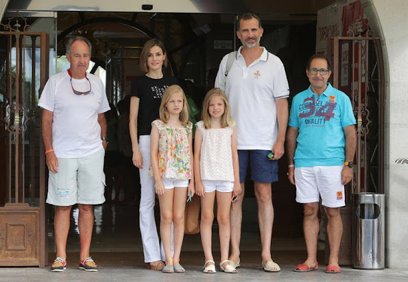 King Felipe VI of Spain, Queen Letizia of Spain and their daughters Princess Leonor of Spain and Princess Sofia of Spain