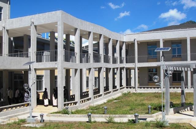 une vue de lhpital de bambao mtsanga2014 - Hapital Moderne