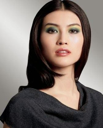 Make up Shiseido Palette Luminizing Satin Eye Color Trio in Vinyl