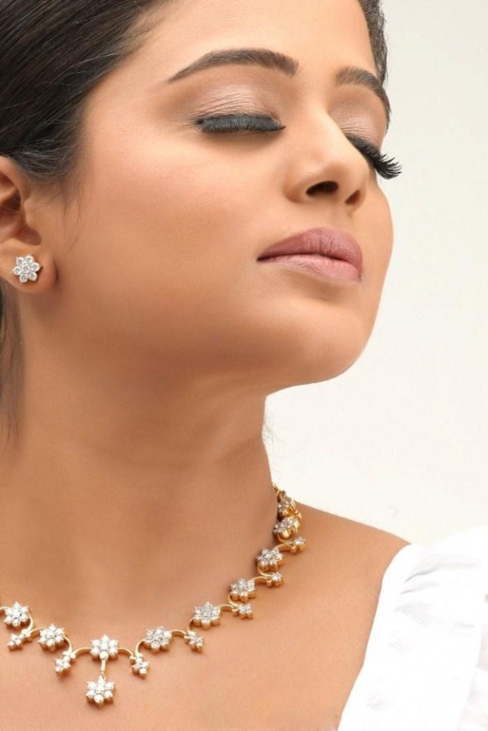 Priyamani in Jewellery Ad