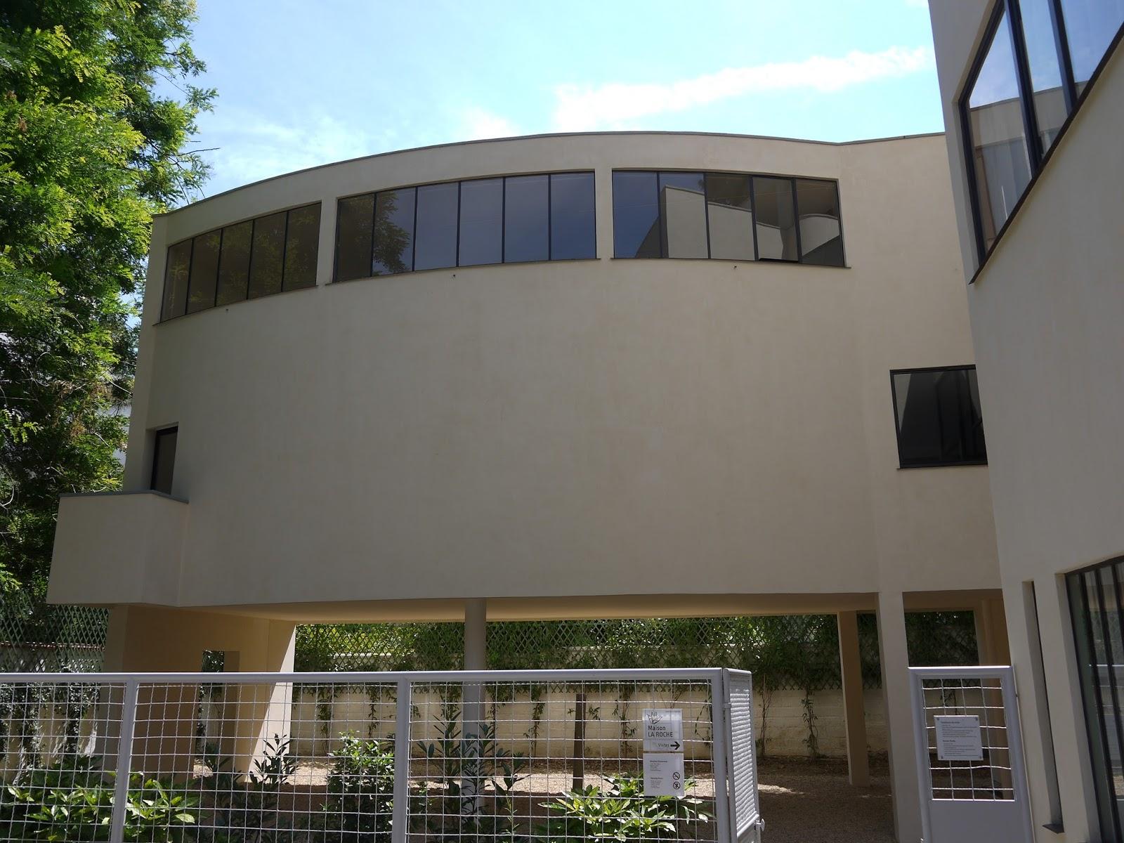 Adrian yekkes villa la roche le corbusier 39 s design for for Arts de la maison