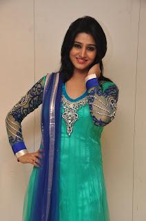 Model Shamili in chudidar at cmr event 004.jpg