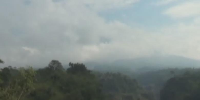 Tertutup Kabut, Pemantauan Merapi Terkendala