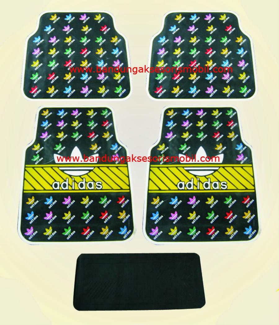 Karpet Adidas Black