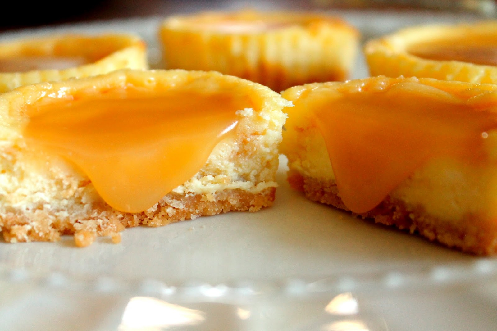 Mini Salted Caramel Cheesecakes with a Shortbread Cookie Crust . Mini ...