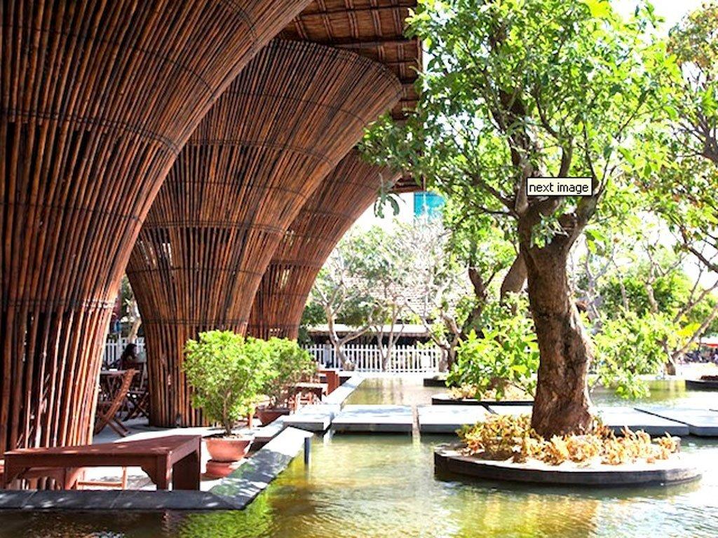 Related to tips interior minimalis bernuansa kafe interior minimalis - Contoh Desain Cafe Bertema Bambu