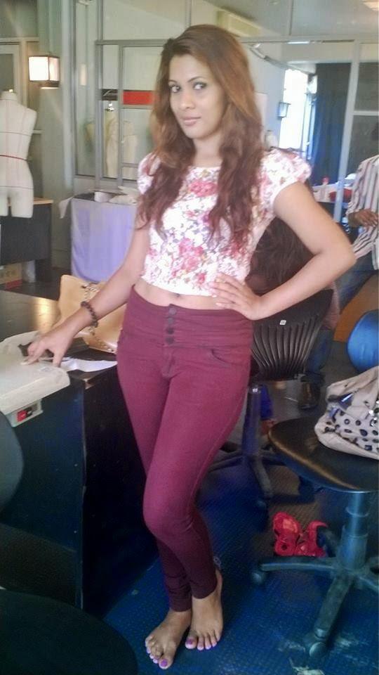 Hashini Madumanjali jeans