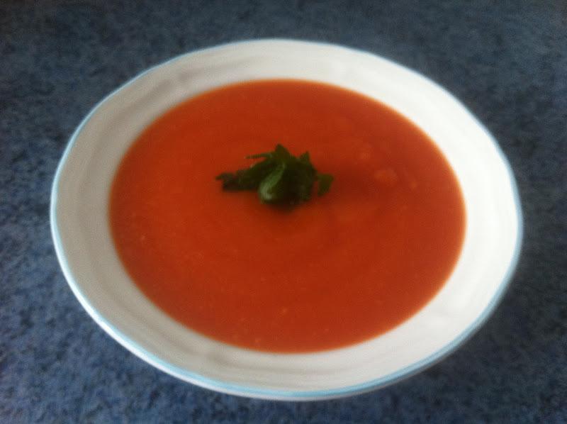 cuisiner que du bonheur pour grenouil velout c leri tomate. Black Bedroom Furniture Sets. Home Design Ideas