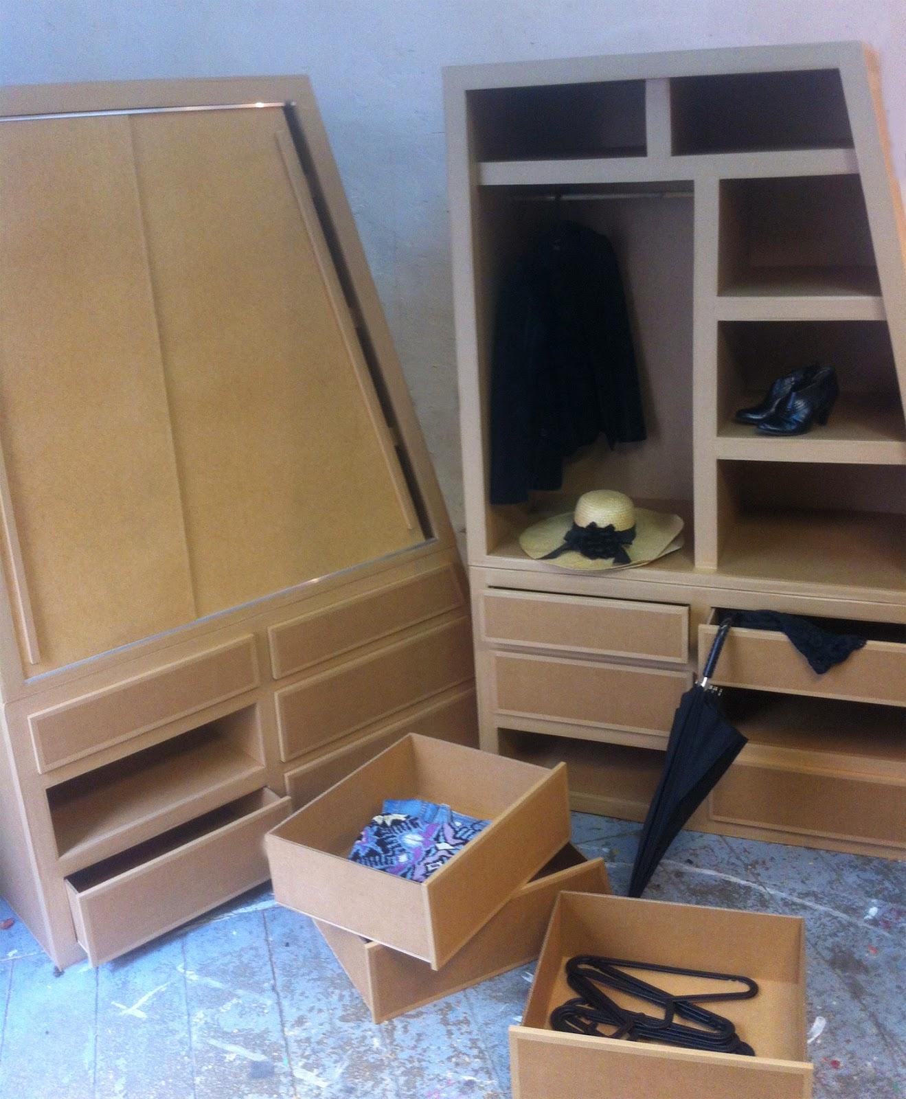 Juliadesign meuble en carton tag re en carton - Meuble pour ranger les verres ...