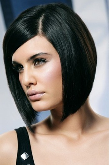 Cute Sleek Bob Hairstyles With Side Bangs Hair For Women The