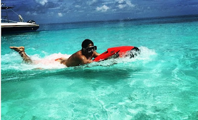 Varun Dhawan holidays in Maldives with girlfriend Natasha Dalal