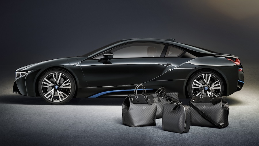 「ルイ・ヴィトン」が「BMW i8」専用デザインのラゲージコレクションを発表