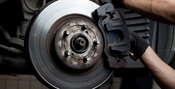 ¿Qué pasaría si los frenos del automóvil dejaran de funcionar?
