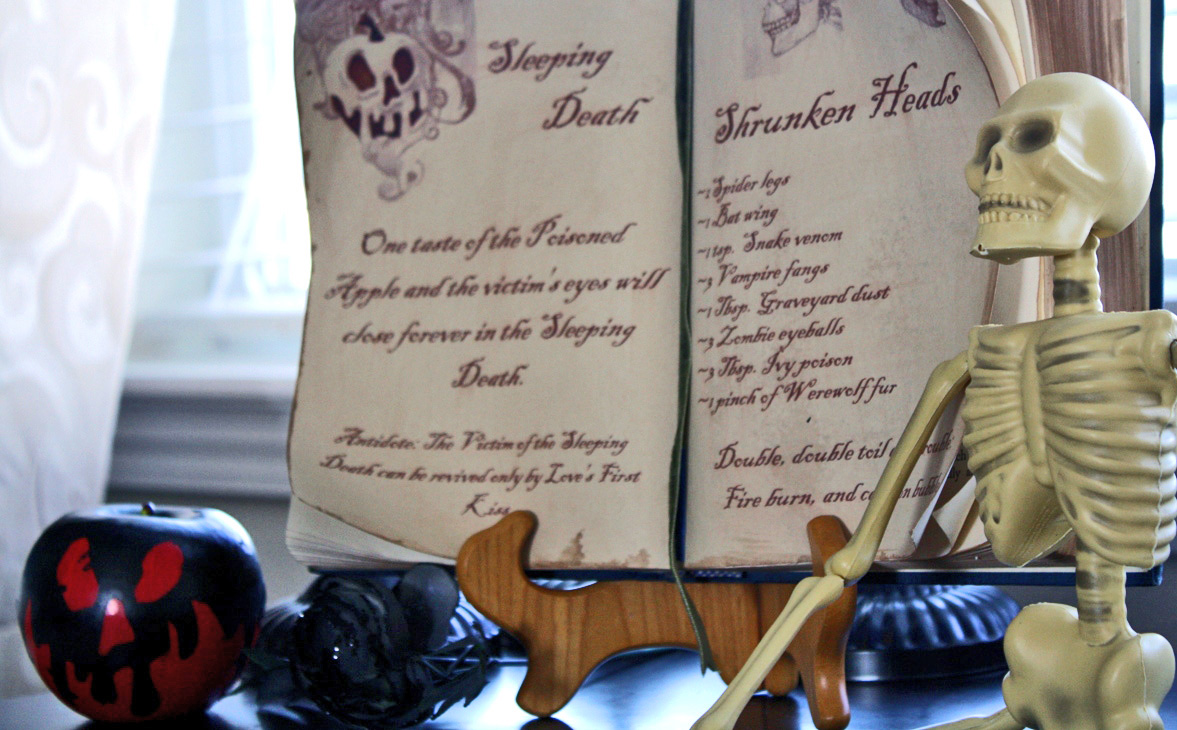 creative mommas: witch's spell book