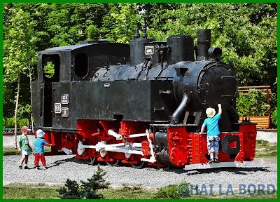 locomotiva parcul lumea copiilor bucuresti