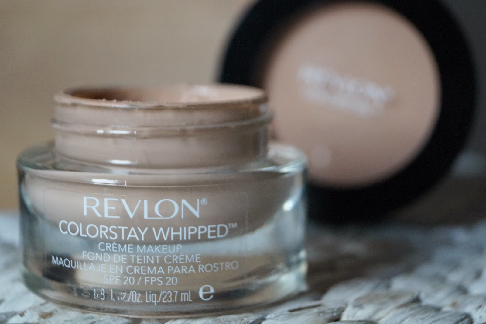bombelove revlon colorstay whipped 220 nude