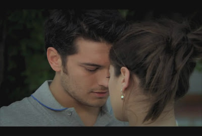 FERIHA & EMIR ROMANTIC SCENES: Feriha & Emir Hot Kissing