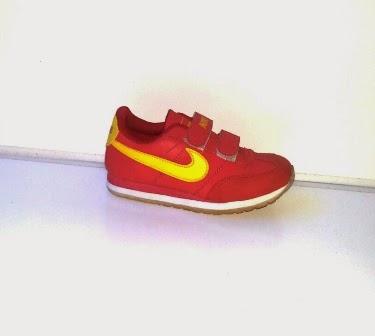 Sepatu Nike Anak warna merah,Sepatu Nike Anakmurah