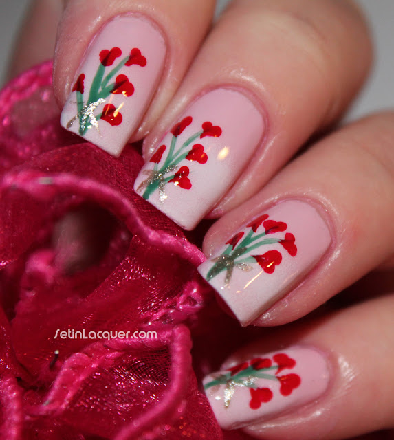 Valentine's Day nail art - bouquet of hearts