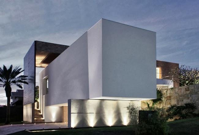 Casas minimalistas y modernas fachadas vanguardistas for Fachadas de hoteles minimalistas