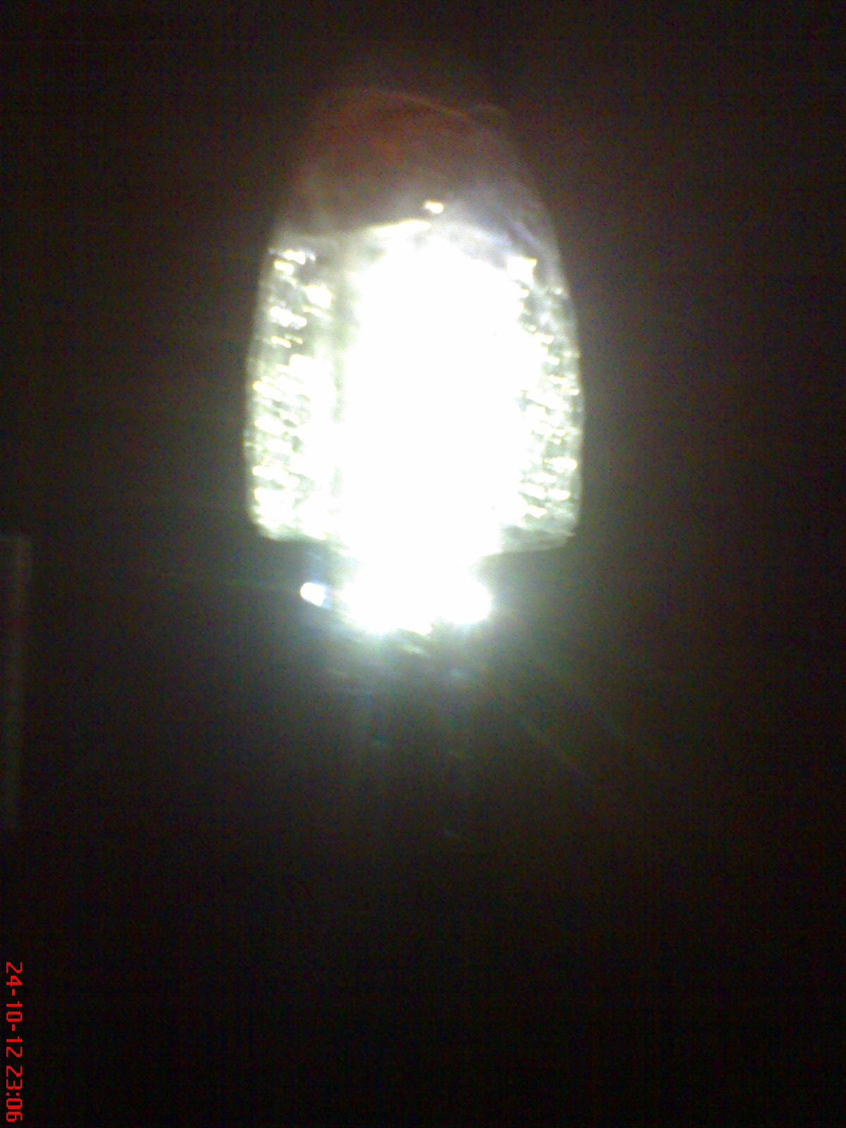 Lampu LED dengan sumber AC yang Hemat Energi dan Memanfaatkan Barang ...