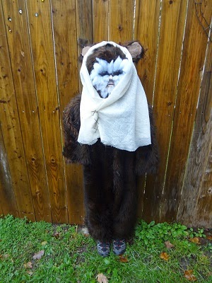 Halloween Costume Idea ~Homemade Ewok http://www.niftynnifer.com/2014/10/halloween-costume-idea-homemade-ewok.html #Halloween #Ewok #Costume