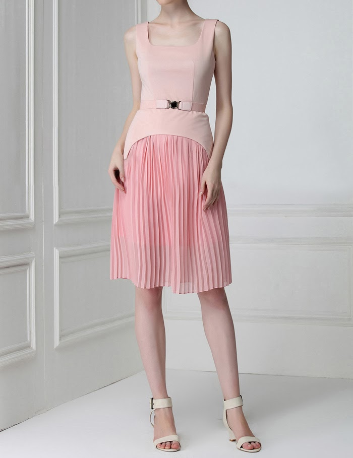http://www.dresslily.com/pleated-square-neck-dress-product470050.html