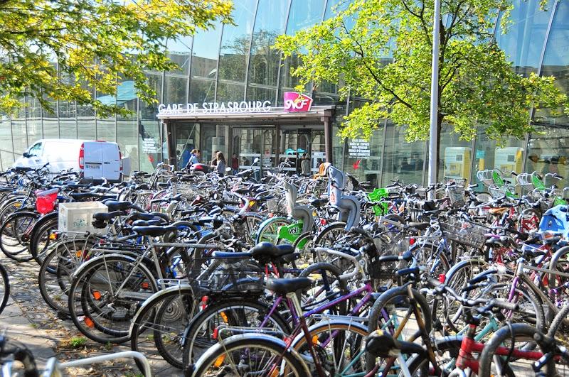 i bike strasbourg le stationnement v lo la gare centrale de strasbourg. Black Bedroom Furniture Sets. Home Design Ideas