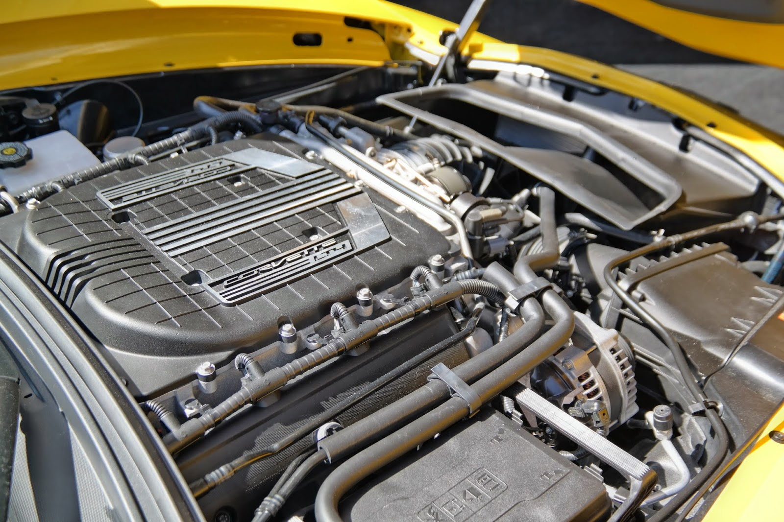 2014 Corvette C7 Z06 Engine Bay